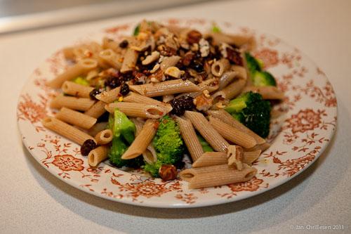 Fuldkornspasta med broccoli